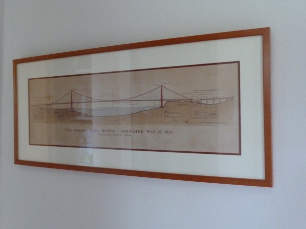 Cross section of the Golden Gate bridge.