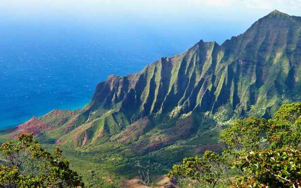 Kalalau-Valley-in-Kauai-Hawaii