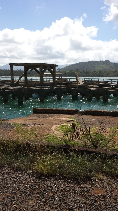 Hanama'ulu Bay