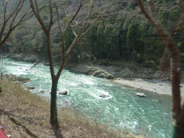 The Karatsu River from the train