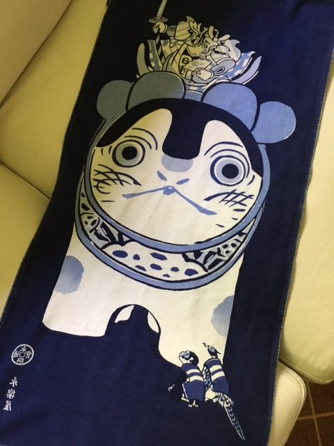 The legendary dog, Inu Hariko. I found this towel in Kyoto - every tenugui in the store was frame-worthy.