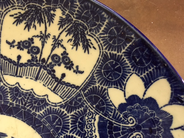 Close up view of the stenciled design.