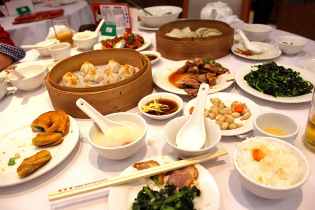 Dinner at the Spring Deer restaurant in Kowloon