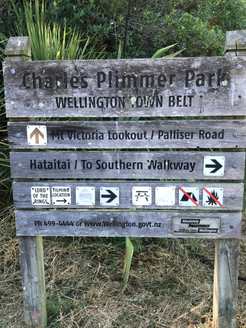 Trail Marking Signs on Mt Victoria