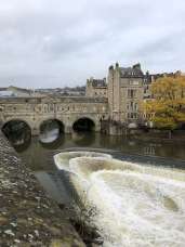 Pulteney Bridge with the lovely oval weirs below