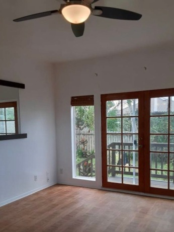 Living room w/French doors