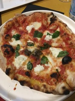 . . . and Napoli-style pizza in Florence